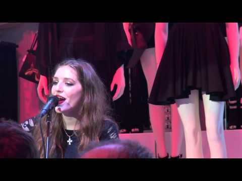 Birdy live at H&M Jeff Koons VIP event in NYC