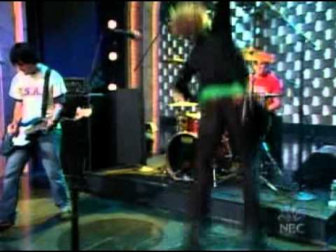 The Vines - Get Free (Live On Conan 2002)