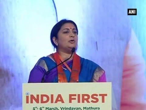 Janhvi Kapoor calls Smriti Irani 'aunty'; Minister's response will leave you in splits
