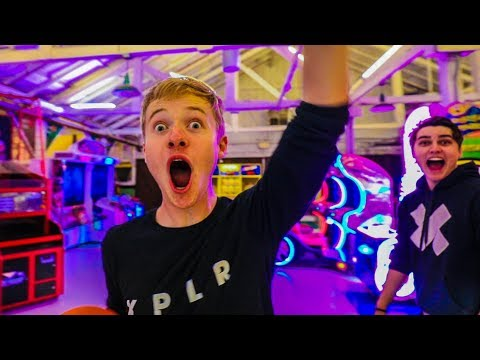 OVERNIGHT AT AMUSEMENT PARK! (WE GET CAUGHT)