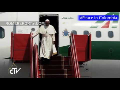 Pope Francis applauds the peace process in Colombia and speaks about Brexit