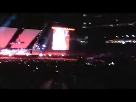 Eminem & Rihanna - The Monster Tour - Metlife Stadium, New Jersey - Intro/Opening Act