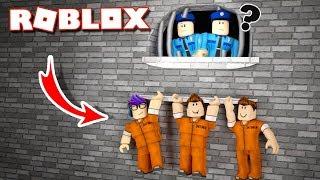 THE FUNNIEST PRISON ESCAPE IN ROBLOX!
