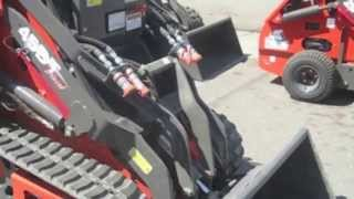 Thomas Mini Skid Steer Compact Tool Loader 45DT - Construction Equipment Sales