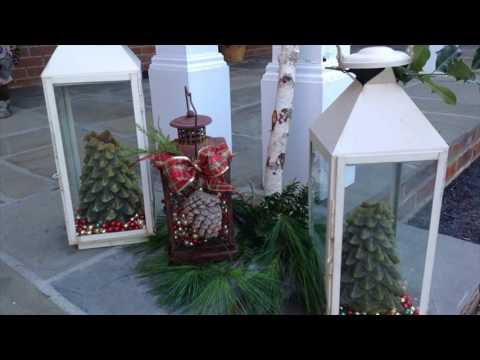 mini-christmas-tree-on-stoop-or-entryway