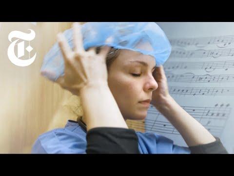 I.C.U. Doctor Brings Music, and Hope, to Coronavirus Patients | NYT News thumbnail