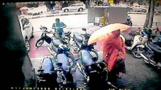 thief steals moto c125 series 2005 in front of spk fuji cambodia