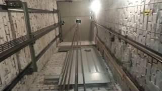 Новый могилевский лифт с телескопическими дверьми(Грузоподъемность 630 кг, скорость 1 м/с, частотно-регулируемый привод. Заходите на..., 2017-03-01T17:08:55.000Z)