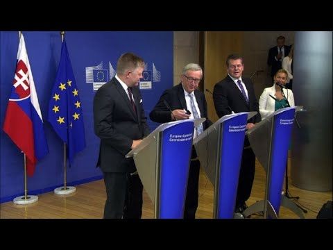 'That's my wife, sorry. No, Mrs Merkel!': Juncker in presser