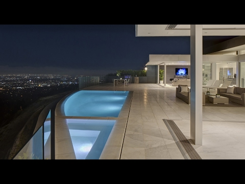 Cutting Edge Luxury Contemporary Residence in Beverly Hills, CA
