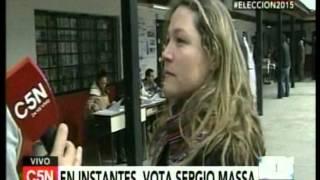 C5N - Eleccion 2015: La escuela donde vota Sergio Massa