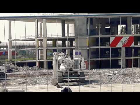 Milano (CINISELLO BALSAMO) (DESPE S.p.a) Demolizione EX AUCHAN  Fase Finale .