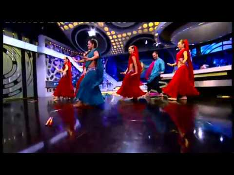 El Hormiguero Bollywood Dance with Mistri y Plo Motos