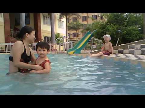 Be boi 3 KS Cao Nguyen Bien Hai Hoa - Tinh Gia