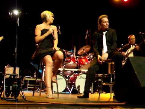 Kelly Walsh and Tony Harte with The Honeycombs Som...