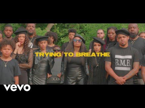 Смотреть клип Brooklyn Queen - Trying To Breathe