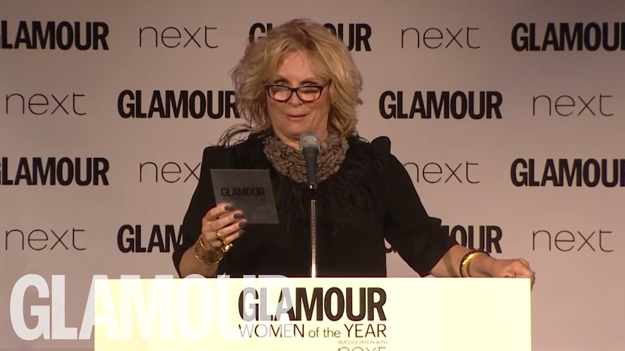 AbFab 's Jennifer Saunders Presents Amy Schumer With Her GLAMOUR Award | Glamour