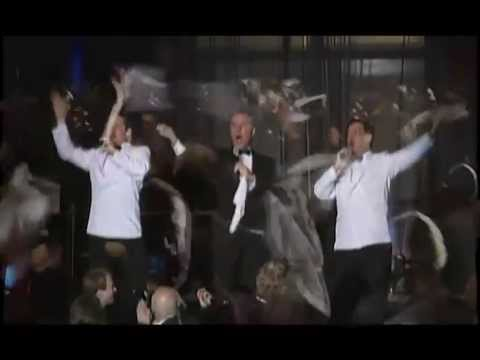 The Three Waiters® (USA) ~ Original Singing Waiters - YouTube