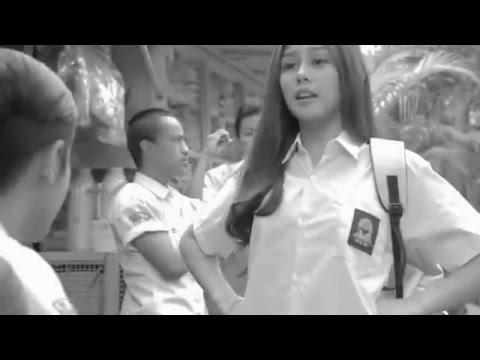 Pidi Baiq | Video klip Dulu kita masih Sma - YouTube