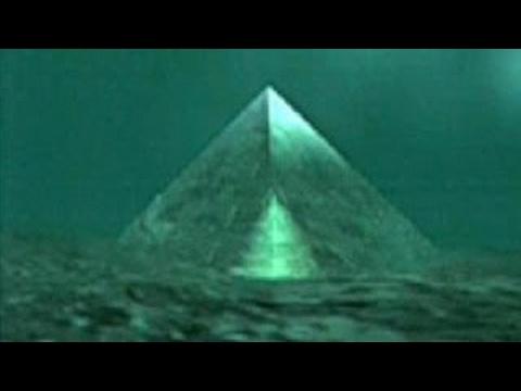 Мир потрясло открытие океанографов.На дне океана обнаружены 2 стеклянные пирамиды.Секретны