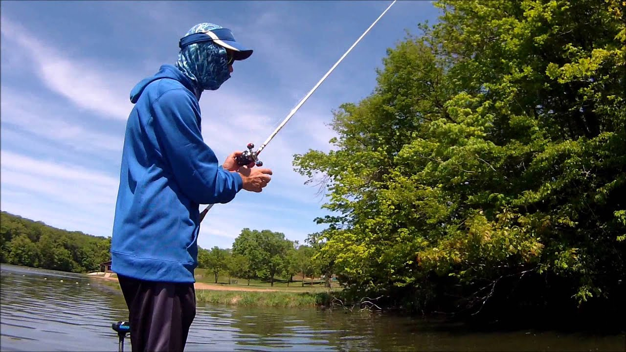 Iowa bass fishing lake geode 5 13 15 youtube for Iowa fishing lakes