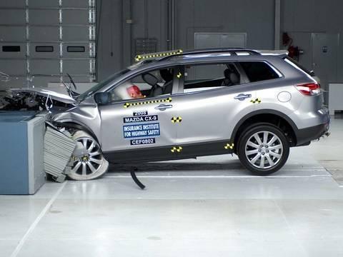 2008 Mazda CX-9 moderate overlap test