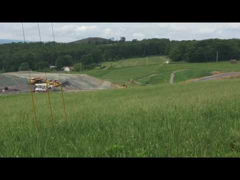 New coal mine gets red carpet opening