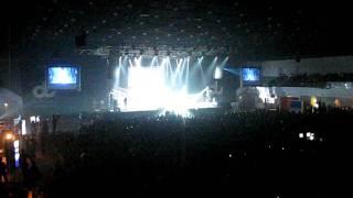 Sonu Nigam Concert in Dubai - Satrangi Re