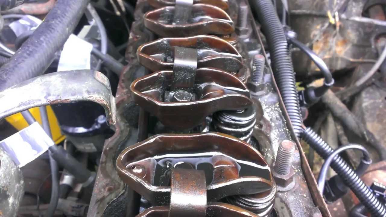 89 Cherokee Head Removal And Valve Seal Replacment Youtube