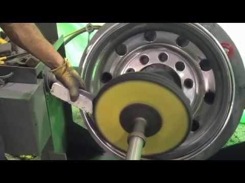 Titan Wheel Polisher - Cut & Polish rear drive rim