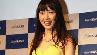 旭化成2015年キャンペーンモデルが水着姿披露 #Haruka Yamashita 片瀬那奈水着 検索動画 21