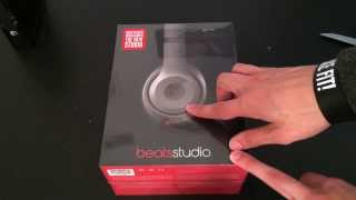 Beats Studio Titanium 2013 Unboxing(A quick unboxing of the new beats studio in titanium Twitter-Alerio25., 2013-12-26T02:48:30.000Z)