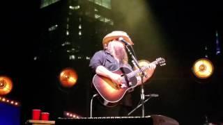 Chris Stapleton - Whiskey and You (10/15/2016) Nashville, TN