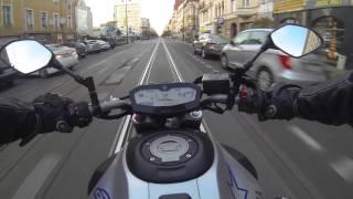 Yamaha MT 07 Raceblu akrapovic  .Easy riding in the city