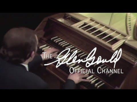 Glenn Gould - Bach, Prelude & Fugue IX in E-major: Praeludium (OFFICIAL)