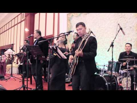 Sheila Majid - Inikah Cinta (cover by Julie n Friends singer Oline,Fitra feat Ade Soulmate)