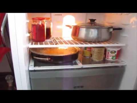 Как вставить полку в холодильник видео