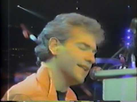 "Styx - Dennis DeYoung ""Come Sail Away"" 1983"