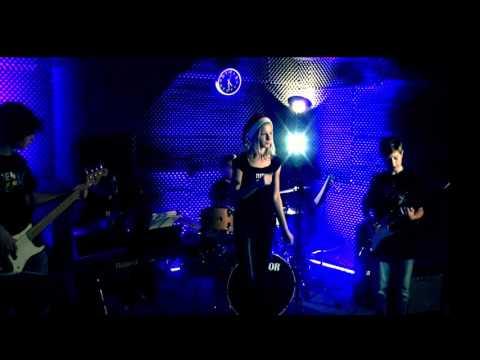 Teen Rock - Soundcheck - Musik & Kunstschule Fürstenwalde 21.12.2015