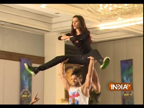 ABCD 2: Varun Dhawan and Shraddha Kapoor Dance Stunts - India TV