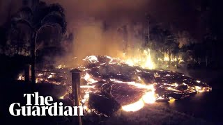 Lava from Kilauea volcano oozes down Hawaii street – timelapse video