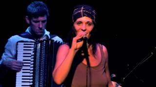 Niemandsland :: Tini Trampler und das dreckige Orchestra