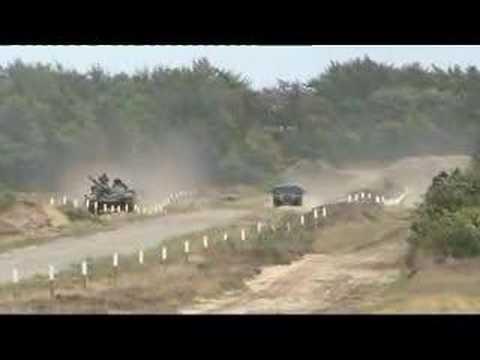 T72 Vs Leopard 1 Tank Race