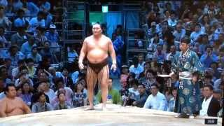 The final match of Day 14 and it's a doozy - Hakuho (12-1) needs th...