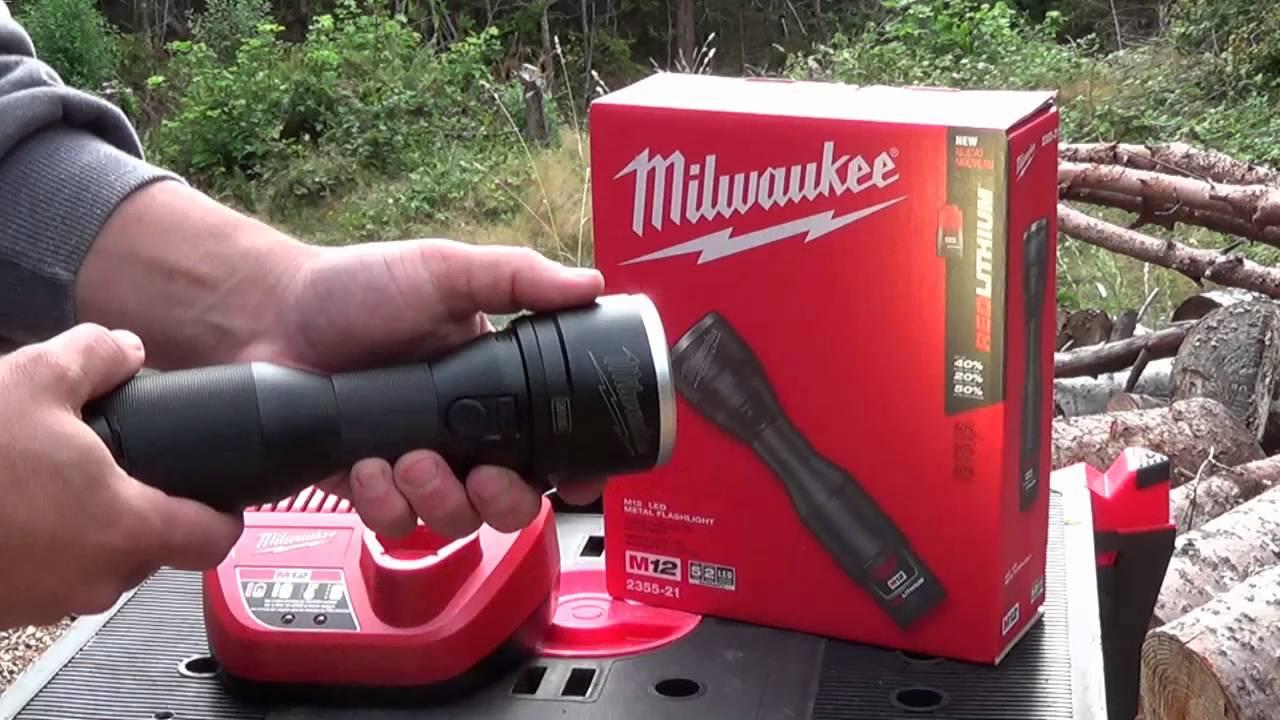 Milwaukee M12 2355 21 Led Metal Flashlight Review Youtube
