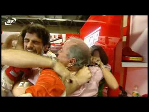 Massa loses WDC/ Ferrari mechanic loses temper - YouTube
