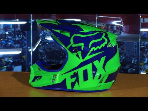Fox Racing 2016 V1 Race Motorcycle Helmet Review