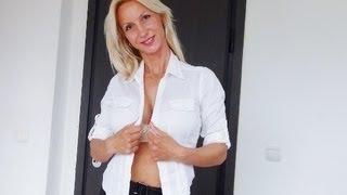 HOT SECRETARY Taking Off her Clothes | UNDRESSED YOGA in the OFFICE | Stretching is very  important