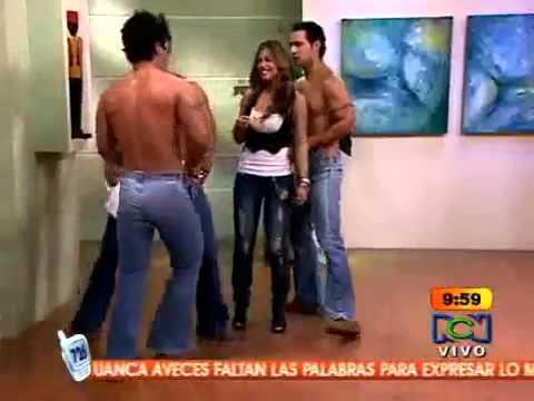Гей парни в сексуальных джинсах фото 284-190