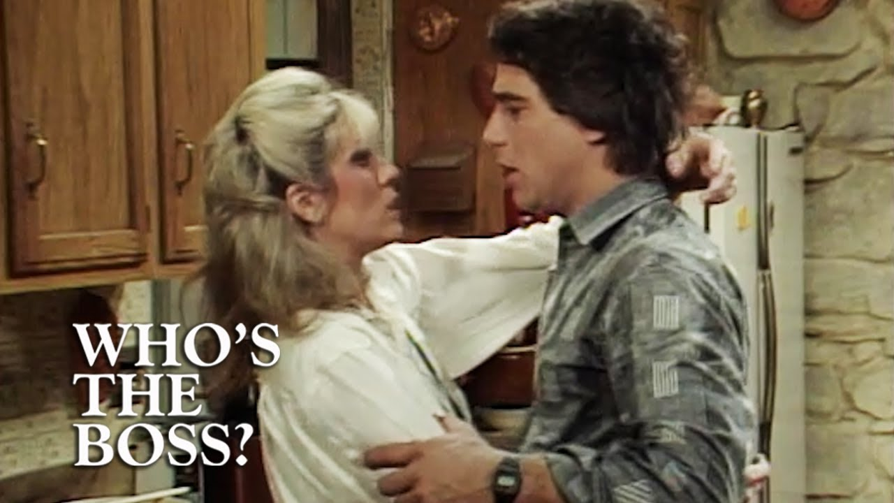 Download Angela And Tony Kiss! | Who's The Boss?